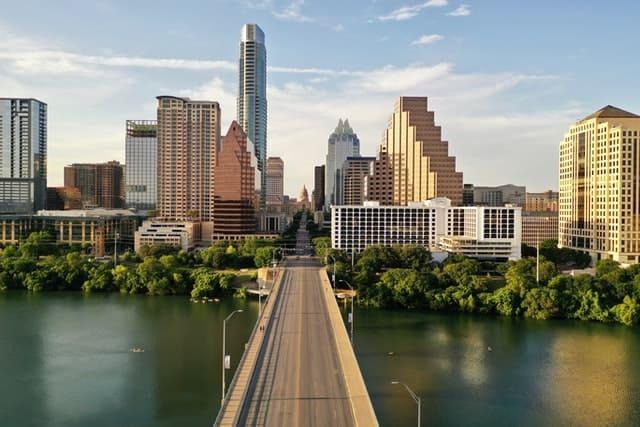 Austin-Texas-Skyline-daytime